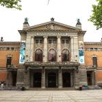 Ulusal Tiyatro Binası